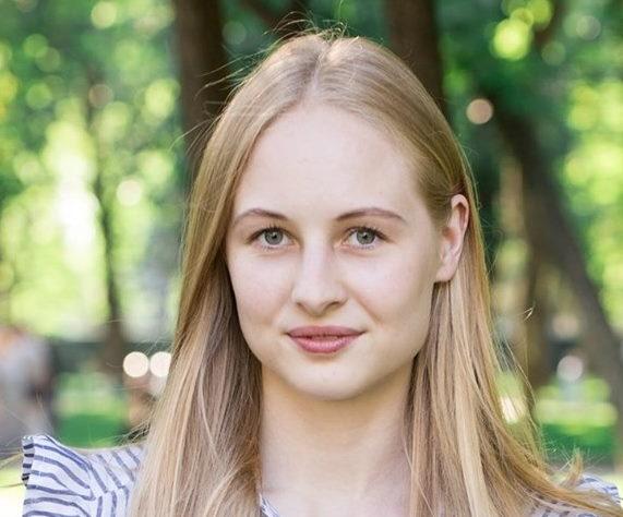 https://www.bcetupes.info/wp-content/uploads/2019/09/Anna-MIKHALKOVA.jpg